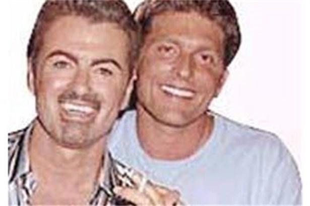 George Michael evleniyor